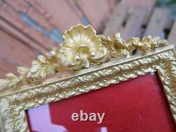 Ancien cadre photo en bronze doré décor coquille Louis XV époque XIXe