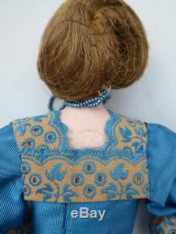 Ancienne poupée de mode en biscuit Francois Gaulthier gauthier Napoléon iii XIXE