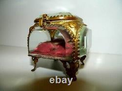 Boite A Bijoux Antique Napoleon III XIX Eme Laiton Doree Et Cristal Bizautee