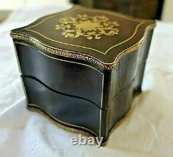 Coffret à bijoux XIX napoleon III marqueterie Boulle