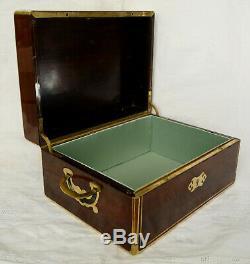 Coffret à bijoux d'époque Napoléon III en placage d'acajou et laiton XIXe siècle