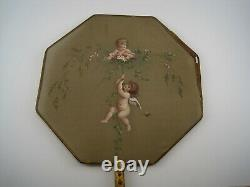Ecran à main XIX peinture sur soie AUX AMOURS manche en bois doré Napoléon III