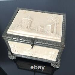 Grand Coffret À Bijoux Napoléon III en Parkésine Intérieur Capitonné Soie XIXè