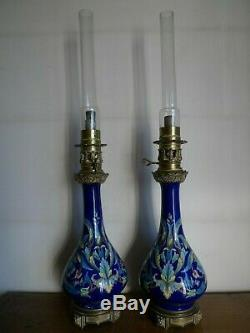 Paire De Lampes A Huile Moderateur Ceramique Style Iznic Monture Bronze XIX Eme