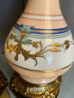 Paire de lampes en porcelaine Vieux Paris milieu XIXe