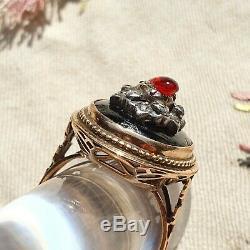 Rare Bague XIXè en Or 18 K avec Ambre Rouge Victorian Gold Ring 19thC Red Amber