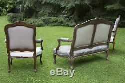 Salon de style Louis XV époque Napoléon III fin XIXe avec canapé et fauteuils