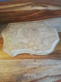 Superbe coffret à manucure xix eme cuir doré au fer