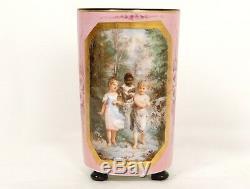 Vase rouleau porcelaine enfants fillettes paysage fleurs Napoléon III XIXè