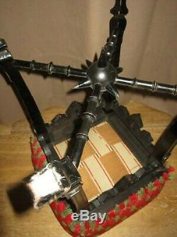 XIX Beau Tabouret Napoleon III Dessus Petit Points Antique French Chair