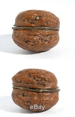 XIXè Ancien nécessaire de couture miniature Noix Ciseaux walnut tiny sewing set